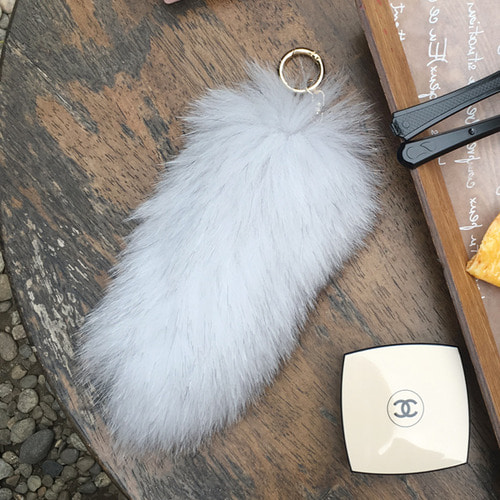 FOX FUR TAIL - White /20%Sale/