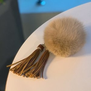 FOX FUR KEYRING -BeigeTassel /40%Sale/